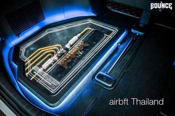 丰田埃尔法改装气动避震低姿态案例 来自泰国